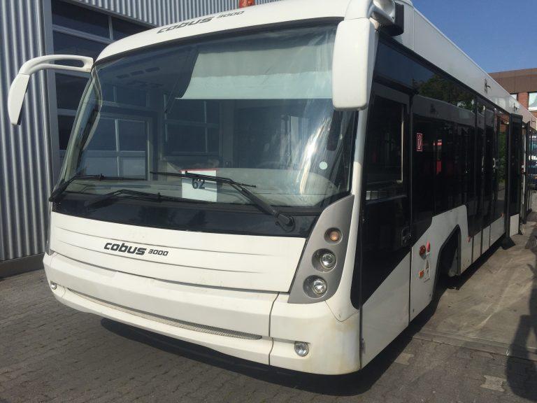 Apron Bus Cobus 3000 Front