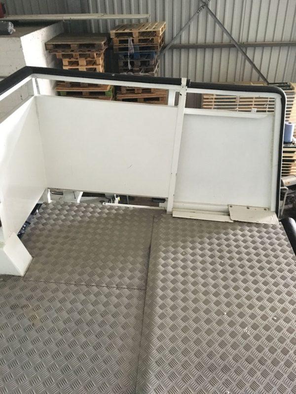 Einsa Passenger Step Platform