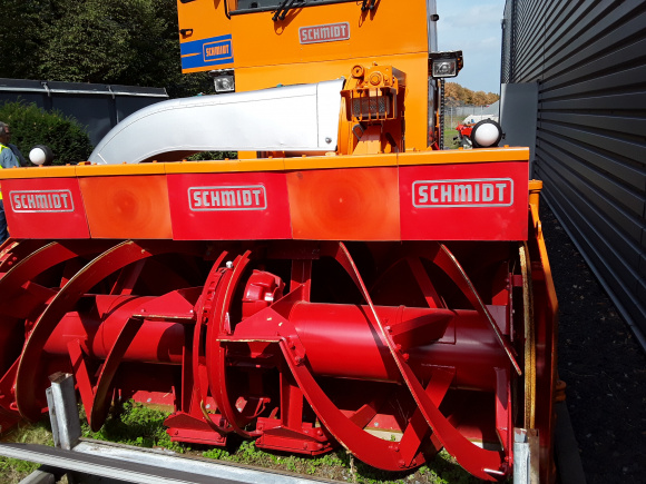 Schmidt Supra 4001 Snowblower Snow Removal Equipment