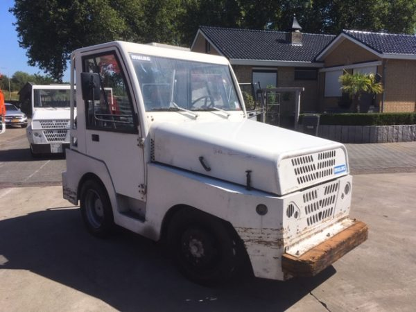 Mulag Comet 6 tow tractor
